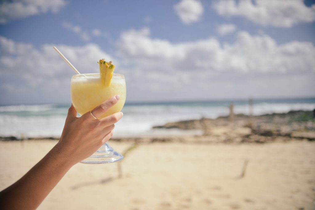 Rețete de băuturi clasice cu care să te răcorești vara asta