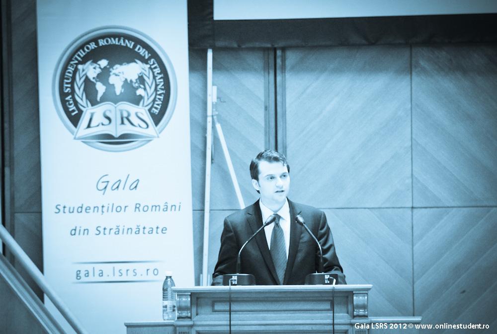 onlinestudent-gala-lsrs-2012-0505